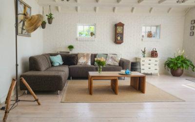 Maneras económicas para decorar su hogar